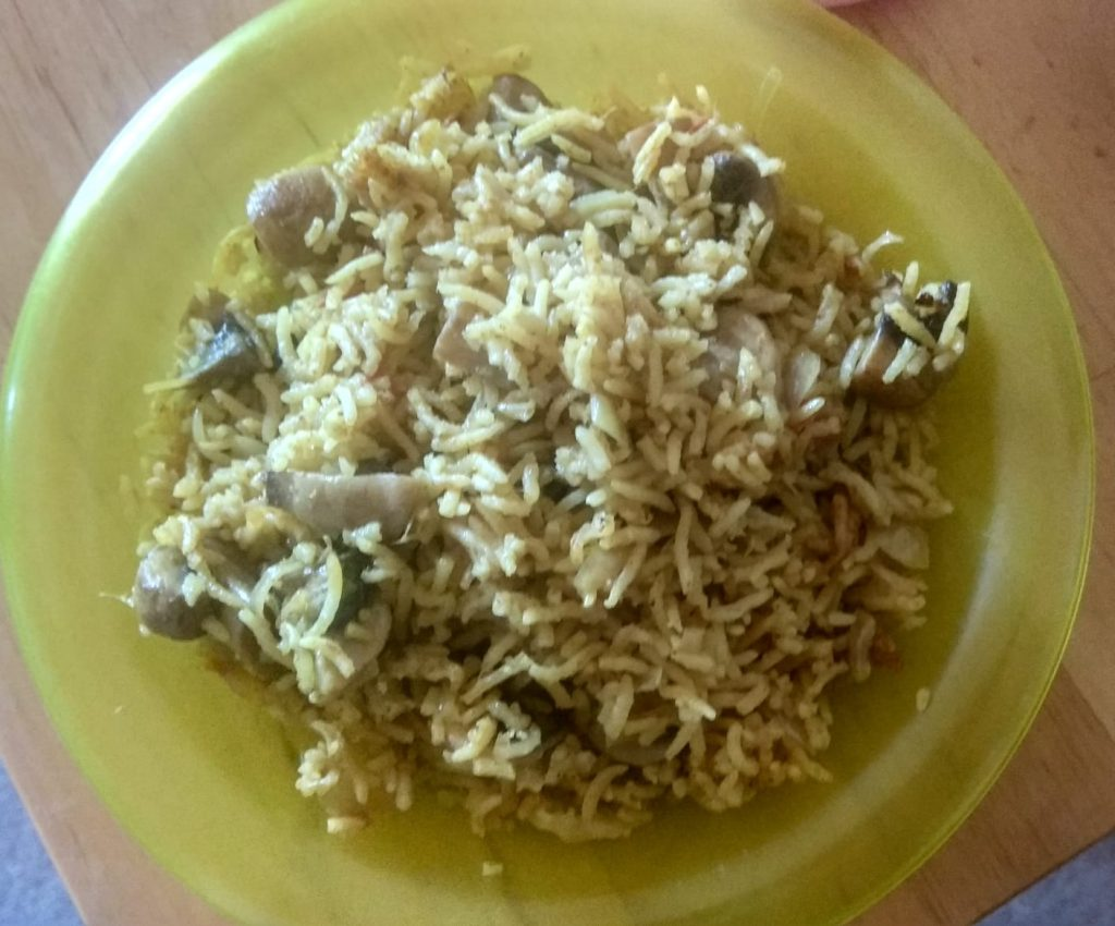 Mushroom_biryani - WhatsApp-Image-2018-11-16-at-8.56.27-PM.jpeg