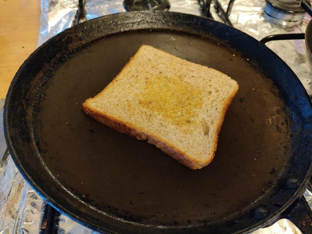 bread_omelette - 49020987_218258275774666_318533861506023424_n.jpg