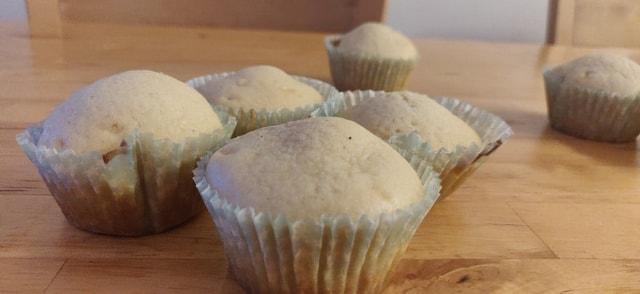 vanilla_cupcakes - 49132303_992561117594754_4692681817365413888_n.jpg