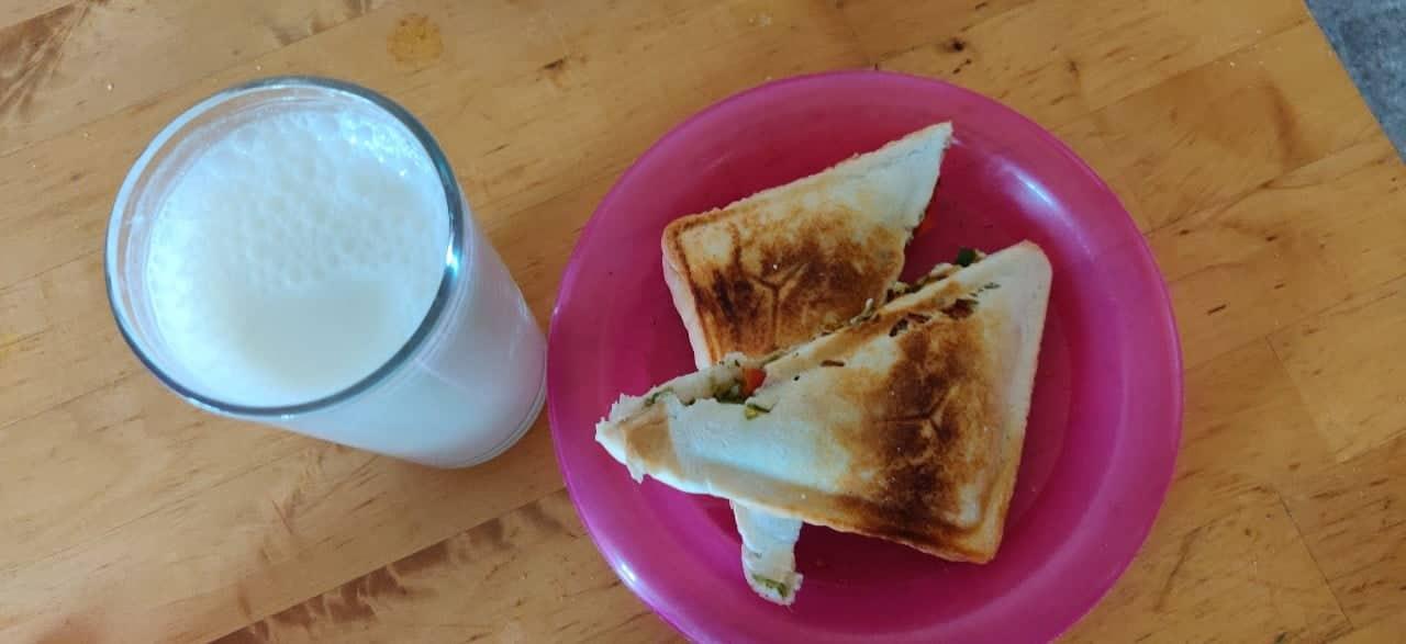 veg_toast - 52550247_248060612805477_988688487853064192_n.jpg