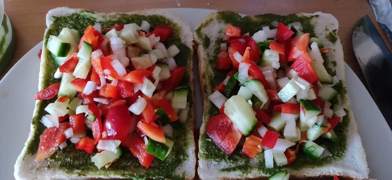 veg_toast - 52993926_1976291136010119_8023067594044997632_n.jpg