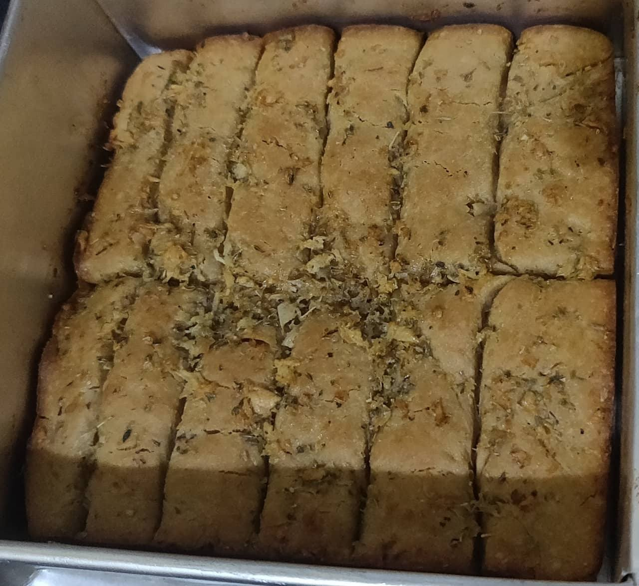 Garlic_bread_sticks - 55545390_1904536586323402_8138537957301682176_n.jpg