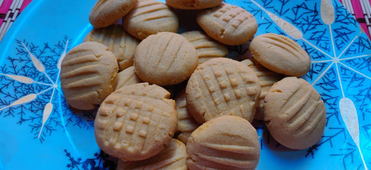cutard_cookies - 56191390_409333666527586_4183135281144135680_n.jpg