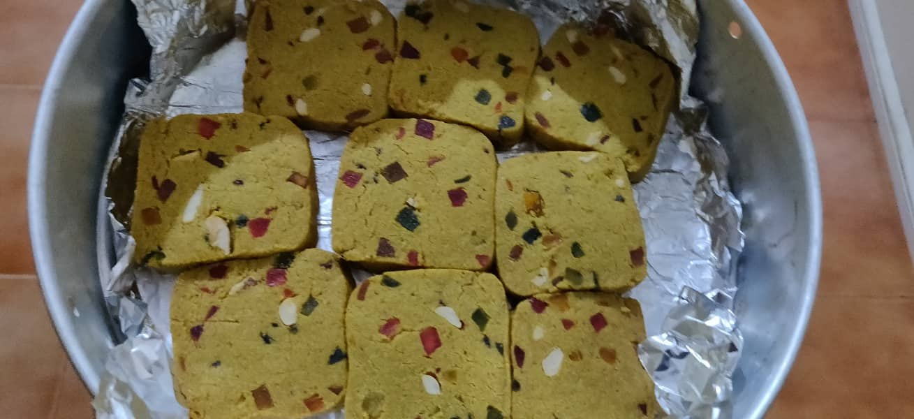 Eggless Tutti frutti cookies | Whole wheat tutti frutti cookies | Karachi biscuits recipe