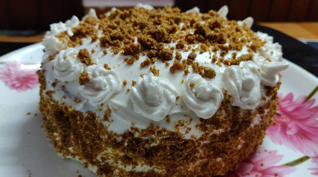 Butterscotch_cake - 60809164_2213546472032573_3260233881105727488_n.jpg