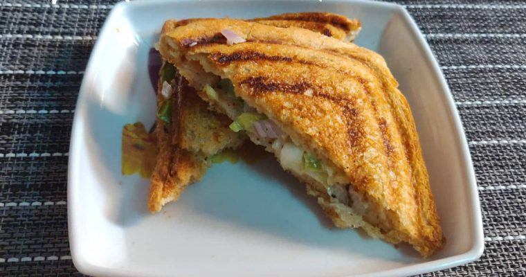 Veg Mayo Sandwich | Mayonnaise Sandwich Recipe