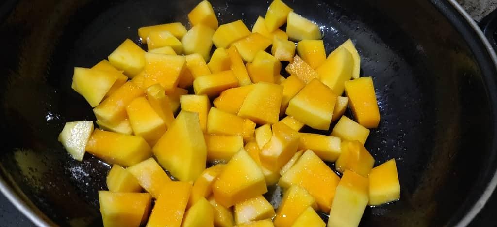 raw_papaya_dry - 61527293_437327686837655_8680034209777057792_n.jpg