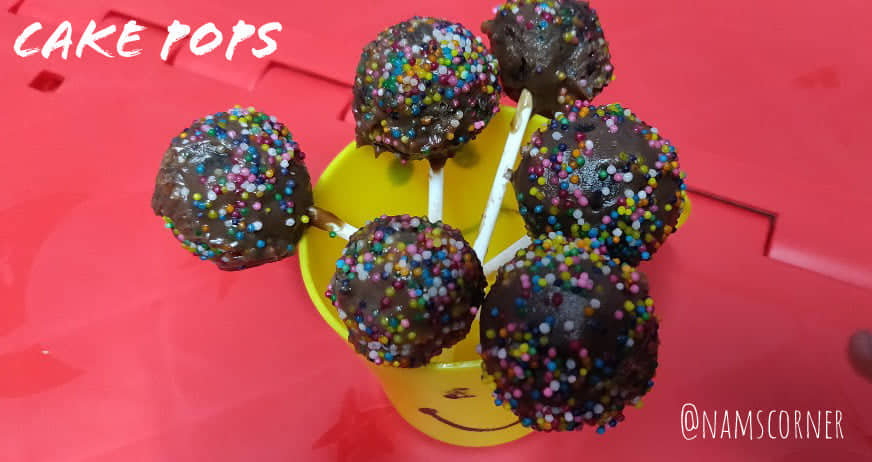 Cake Pops recipe | Homemade Cake Pops | Leftover cake recipes