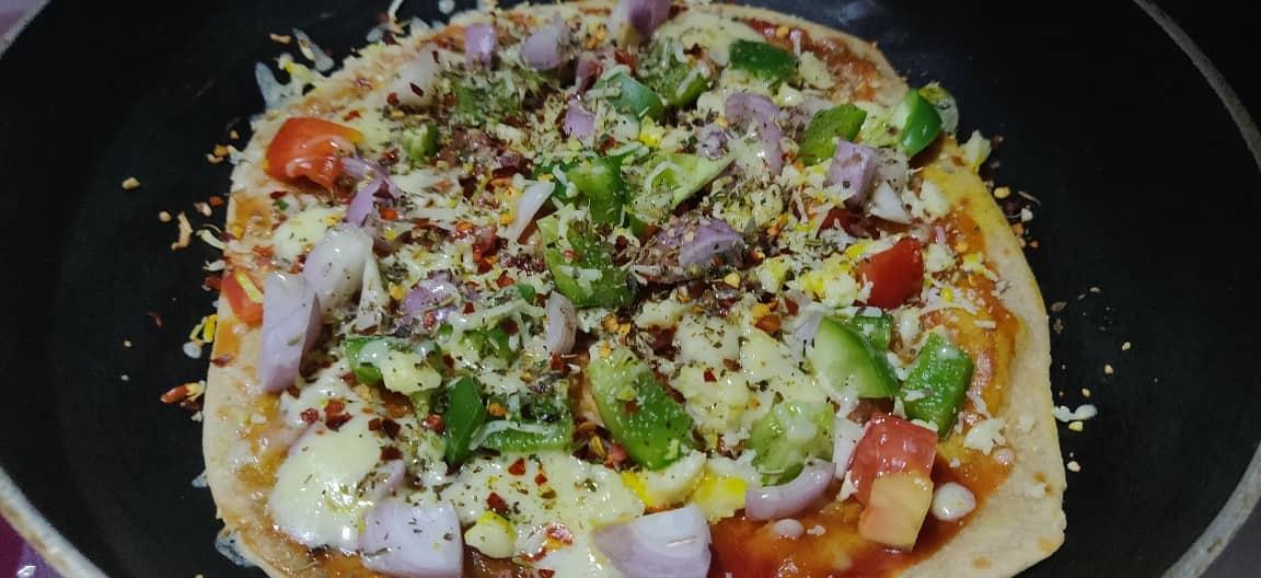 Chapati_pizza - 69955437_1002354200107254_1942317600050511872_n