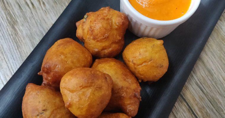 Mangalore Bonda Recipe | Goli Baje Recipe | Mangalore Bajji