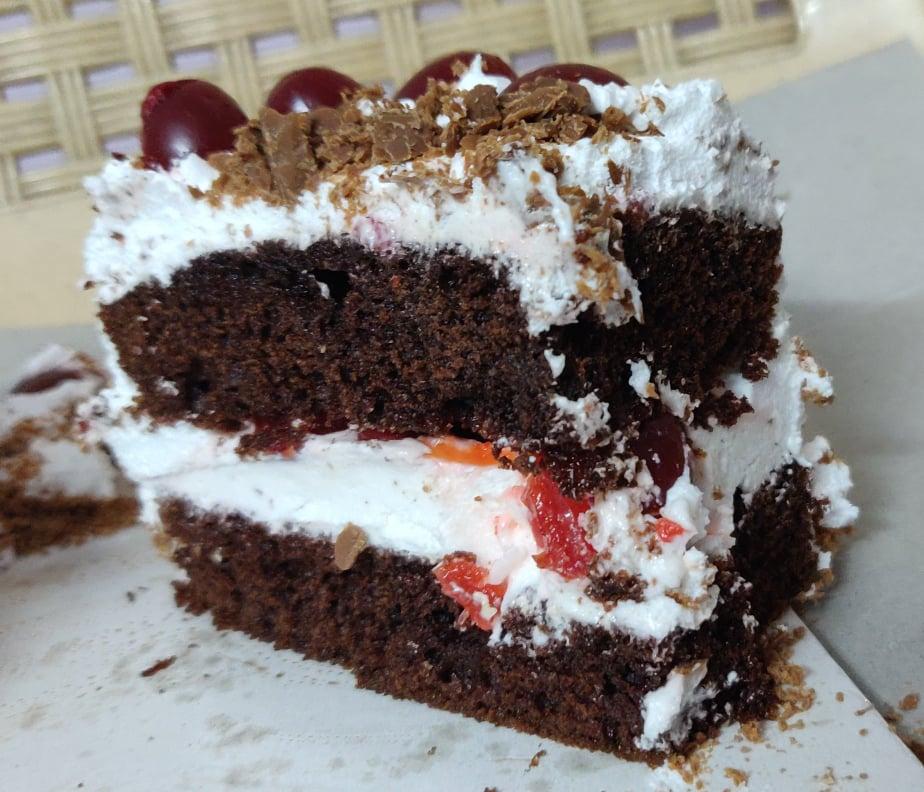 black_forest_Cake - 103080036_572835120298973_6979618539378329245_n