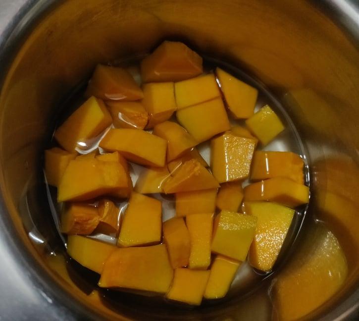 Pumpkin_poori - 119287786_351731942672887_4695181739431257855_n