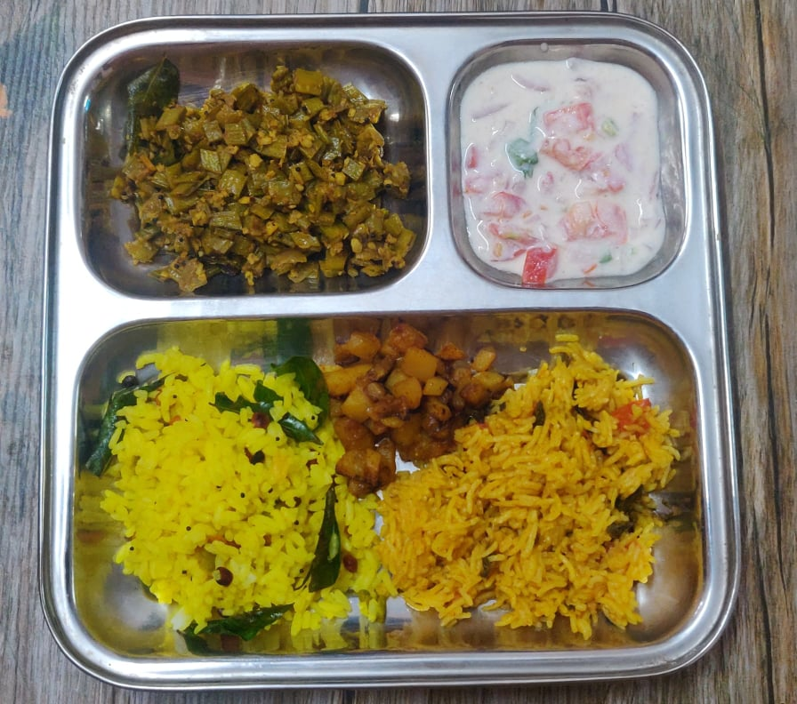 Veg Lunch Menu 3 | Lemon Rice, Tomato Rice, Potato fry, Kothavarangai Poriyal, Tomato Raita