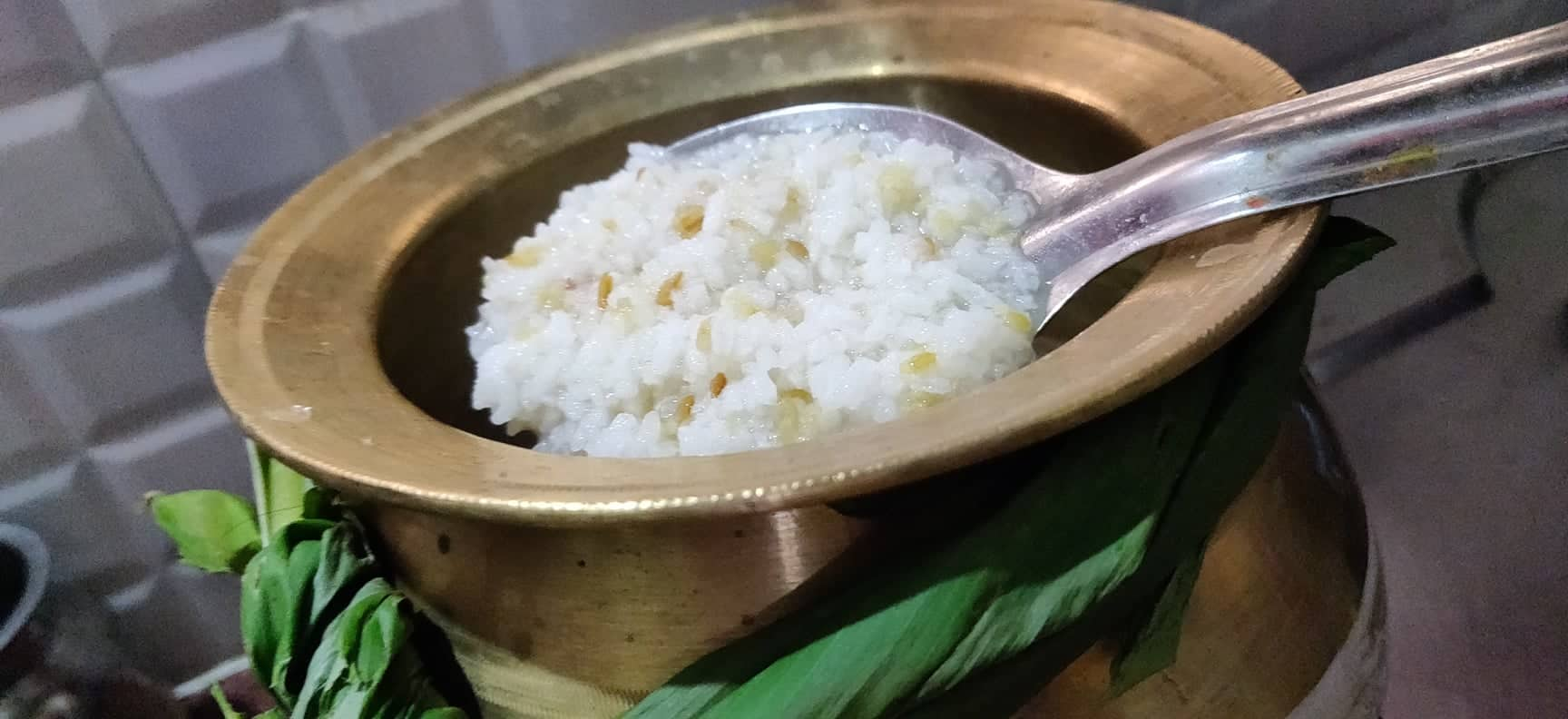 sakkarai_pongal_in_brass_pot - 136969341_167475105129375_6293434872257037106_n