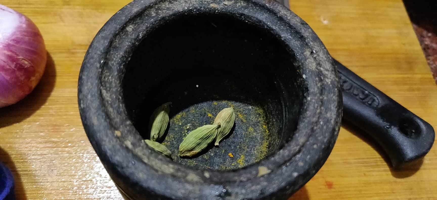 sakkarai_pongal_in_brass_pot - 137381377_397778904852979_3442398664290055286_n
