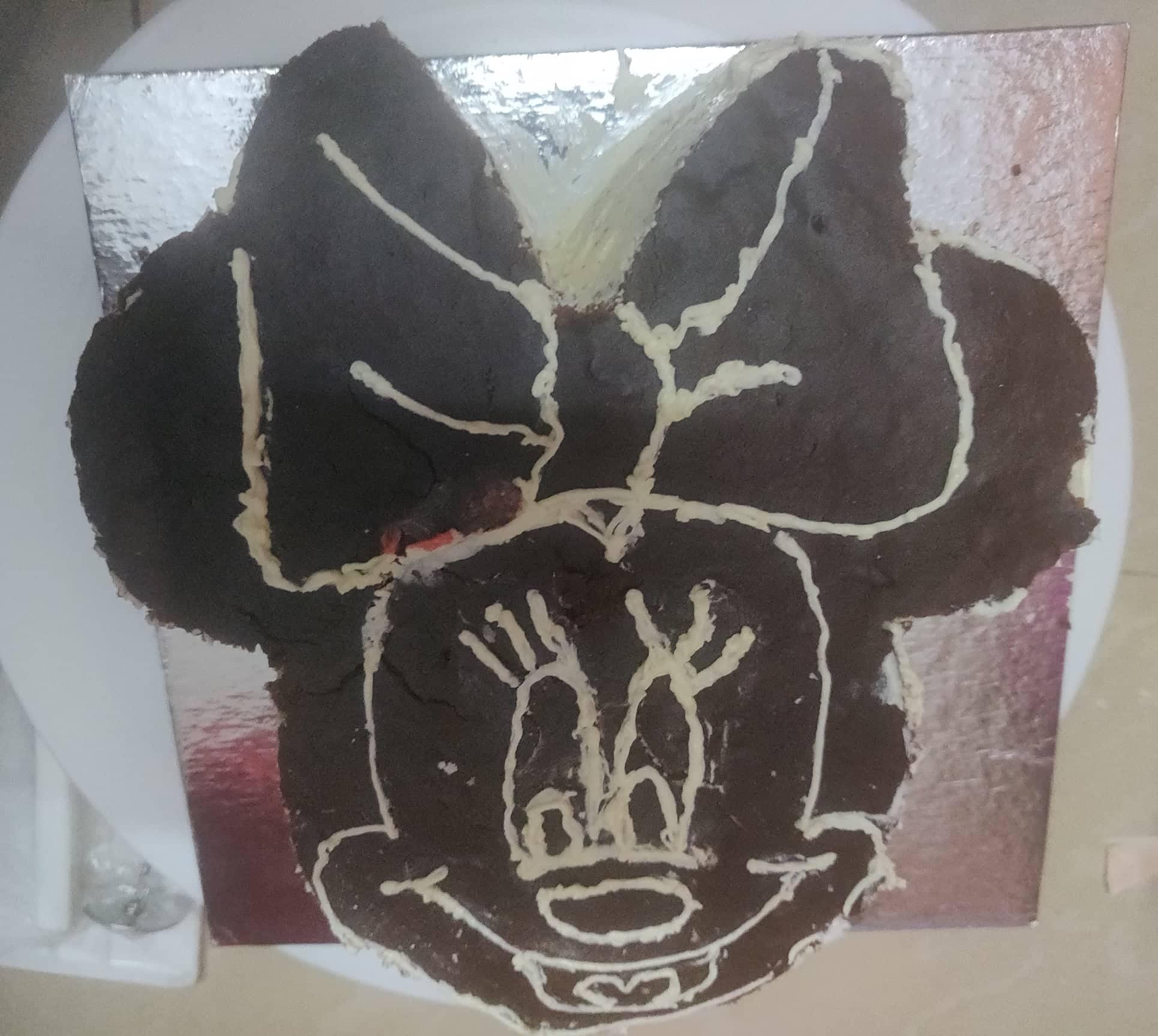 Minnie_Mouse_Cake - 178103613_562363211393704_2719464120065138058_n-1
