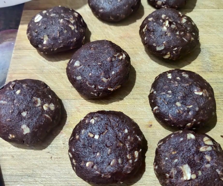 eggless_chocolate_oats_cookies - 202073826_329121848738481_8699011848615158474_n