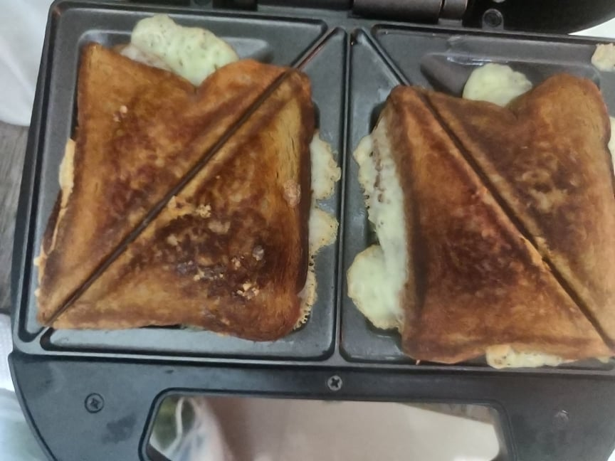butter_cheese_toast - 219960774_1655563657974902_9013570286258586091_n